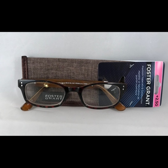 5d2e0ee421b Foster Grant Channing Reading Glasses +2.50 W Case